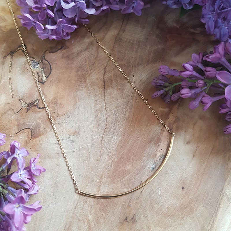 Collier tube courbe plaqué or