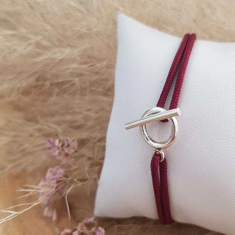 Bracelet cordon anneau fermoir tige en argent